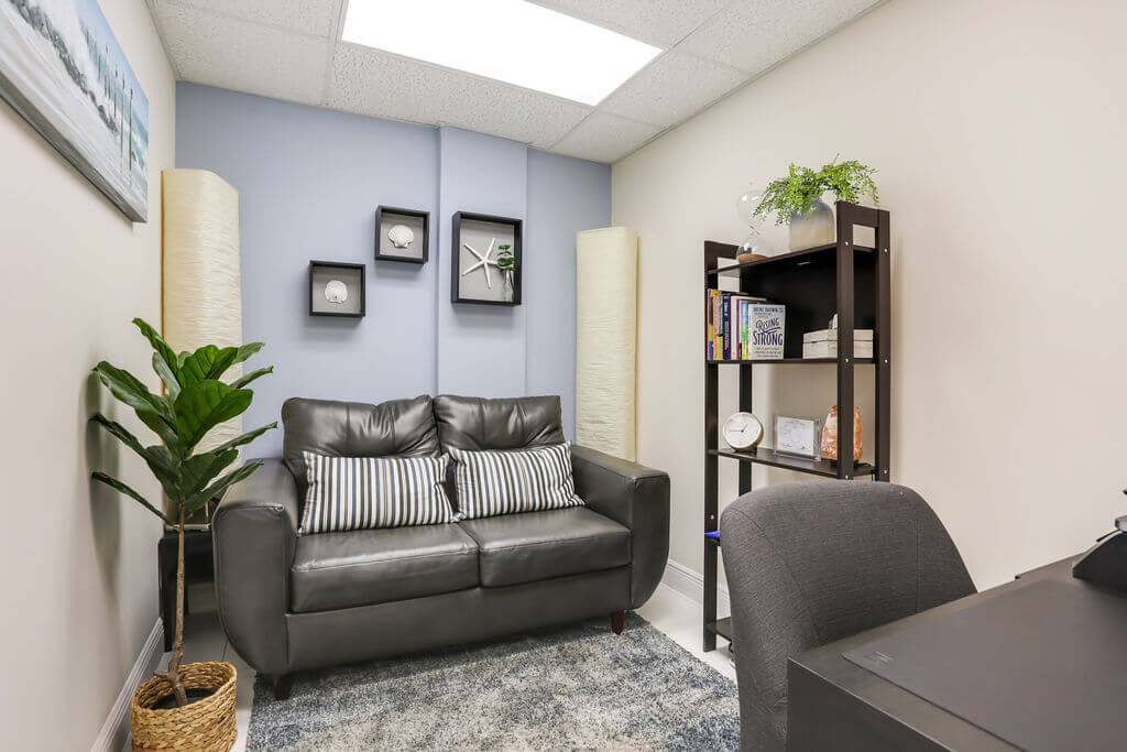 psychotherapist office coral gables