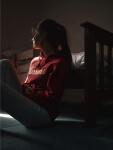 Girl in bedroom, sad, Therapy for Depression, Miami, FL